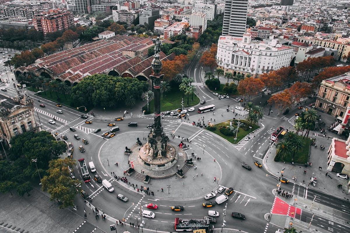 Pomnik Krzysztofa Kolumba w pobliżu ulicy La Rambla