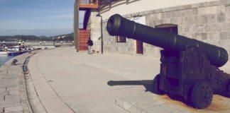 Santoña - mały port o potężnych fortyfikacjach // Hispanico.pl