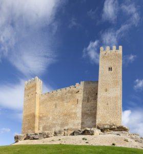Zamek w miasteczku Sádaba // Hispanico.pl