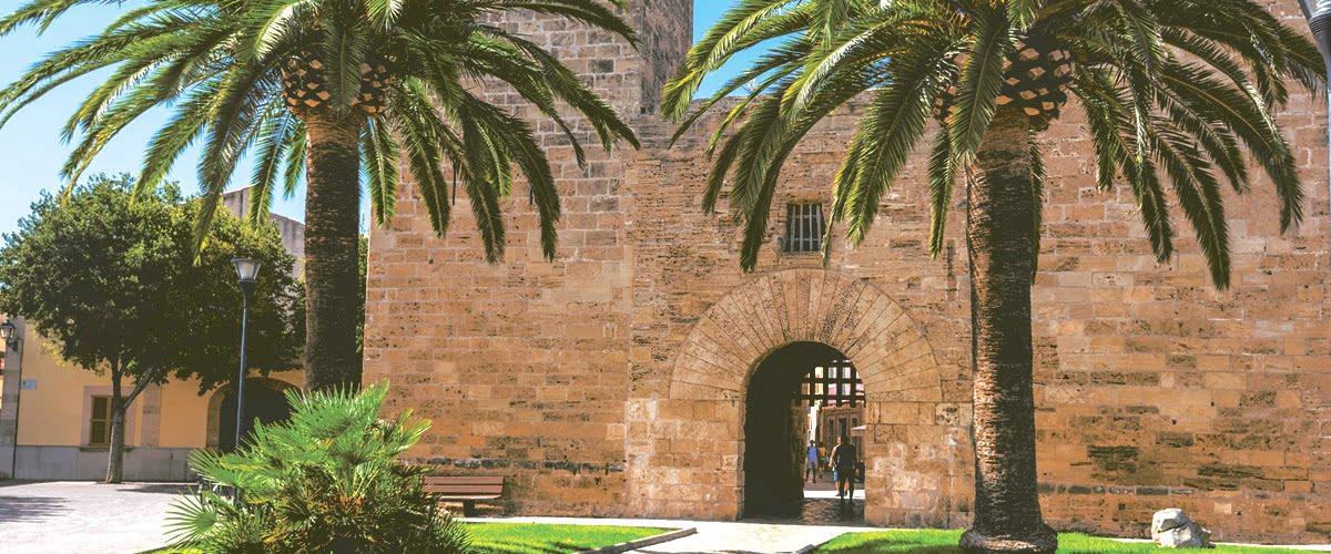 Alcúdia - popularny kurort na wyspie Majorka | Zobacz Atrakcje i Zabytki // Hispanico.pl