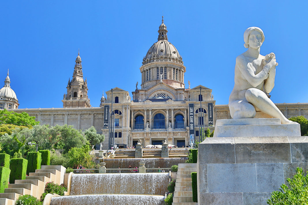 Museu Nacional d'Art de Catalunya - Narodowe Muzeum Sztuki Katalonii w Barcelonie