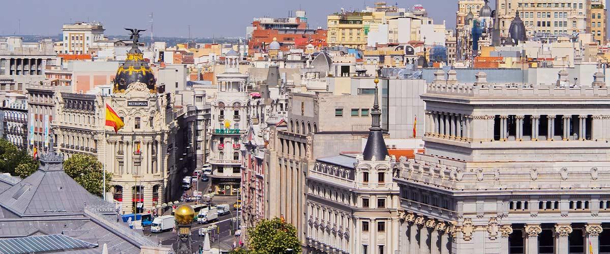 Pogoda długoterminowa - Madryt. Prognoza pogody długoterminowa i aktualna pogoda na 7 dni. Informacje pogodowe i prognozy pogody na cały rok.