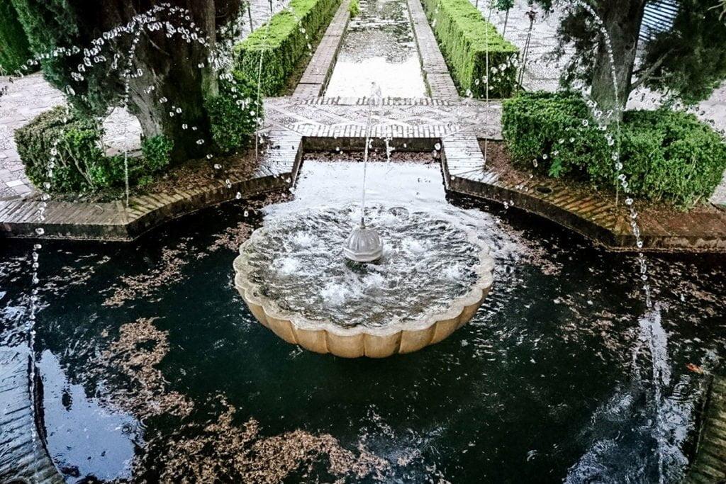 Letni pałac i ogrody Generalife (Jardines del Generalife)