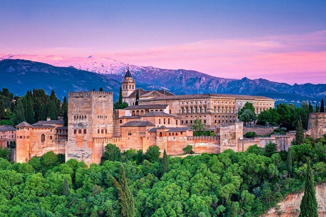 ALHAMBRA - Najpiękniejszy zabytek w Hiszpanii