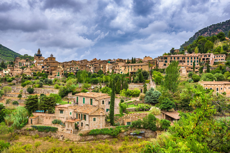 Valldemossa – drugie najpopularniejsze miasto na Majorce!