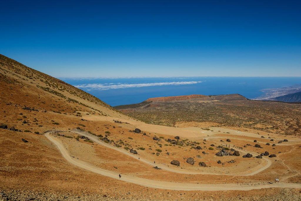 Widok na Volcano Teide z parku narodowego Parque Nacional del Teide. Tutaj nie musisz szukać specjalnego punktu widokowego, by zrobić wspaniałe zdjęcia.