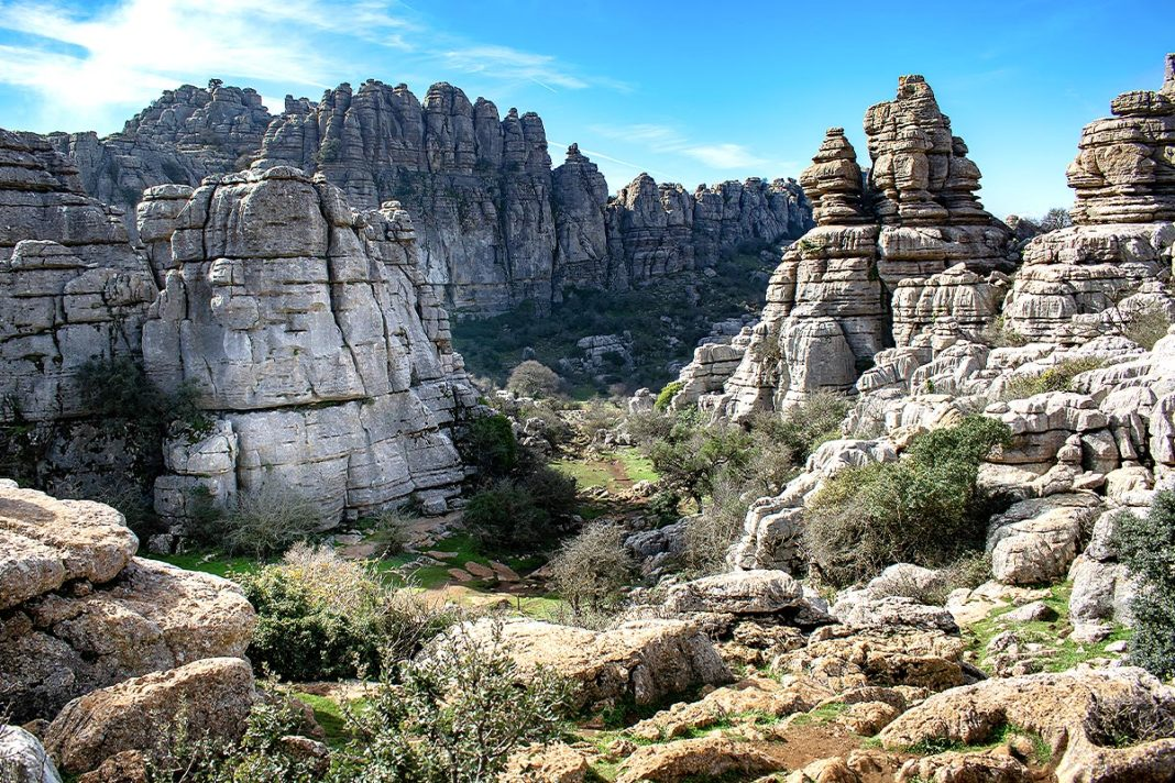 Rezerwat przyrody Torcal de Antequera - idealne miejsce na jednodniowe wycieczki z Malagi