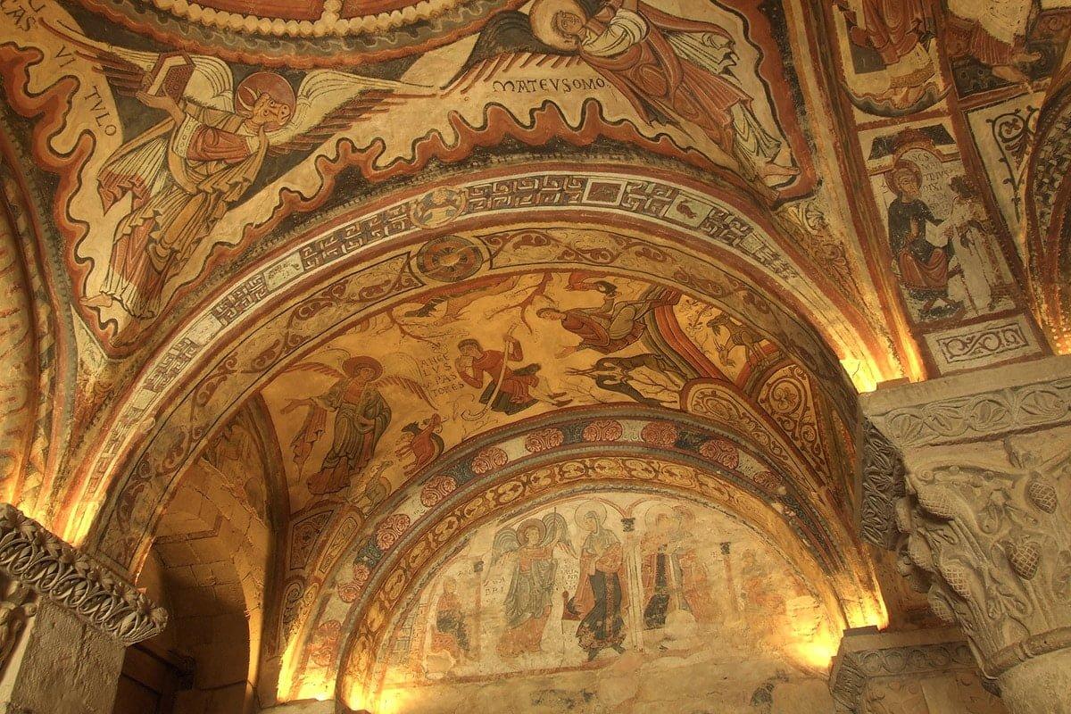 Wnętrze bazyliki San Isidoro w León