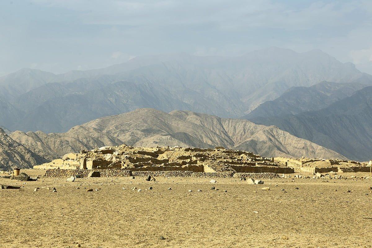 Święte Miasto Caral, Peru