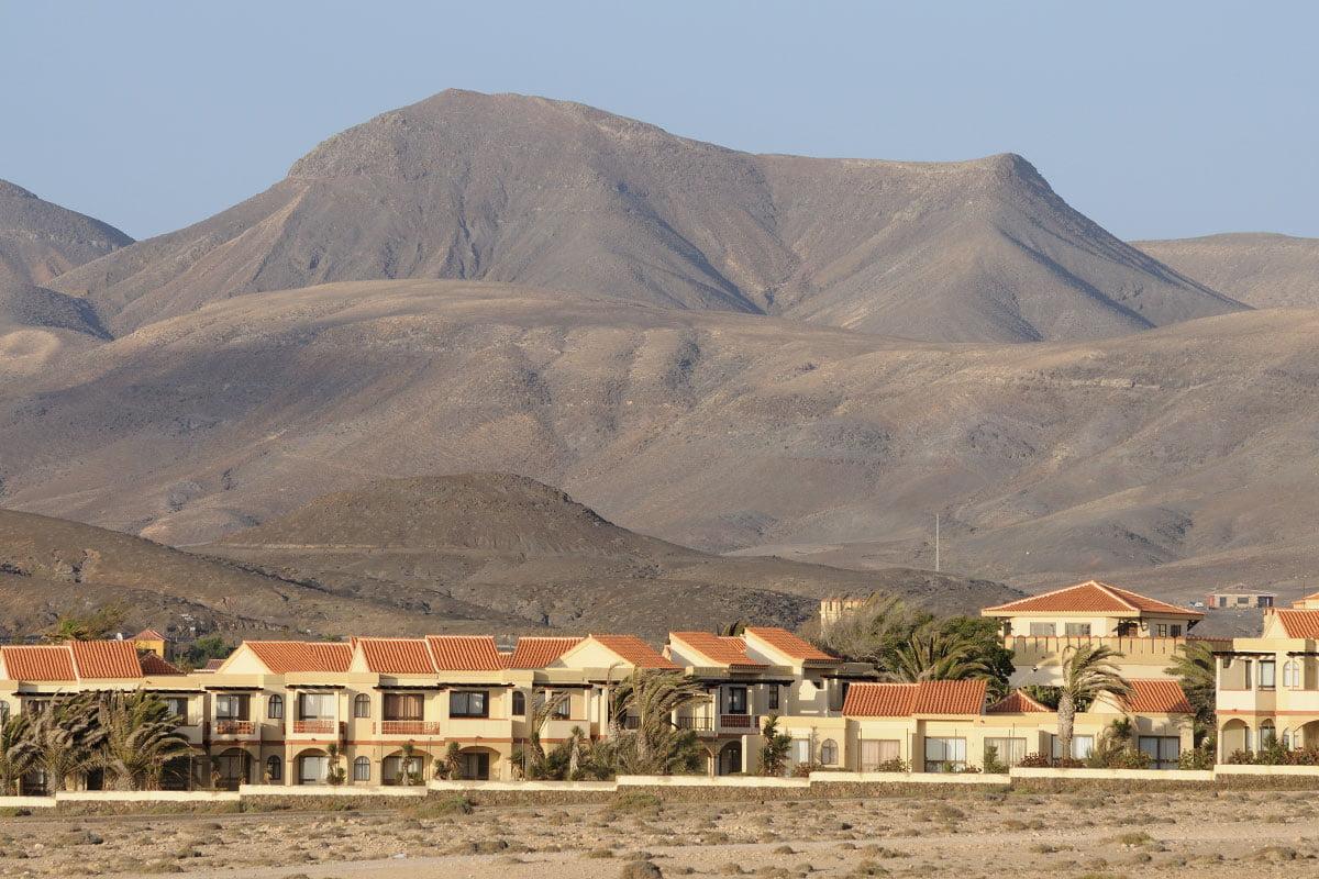 Malowniczo położona miejscowość La Pared na Fuerteventurze.