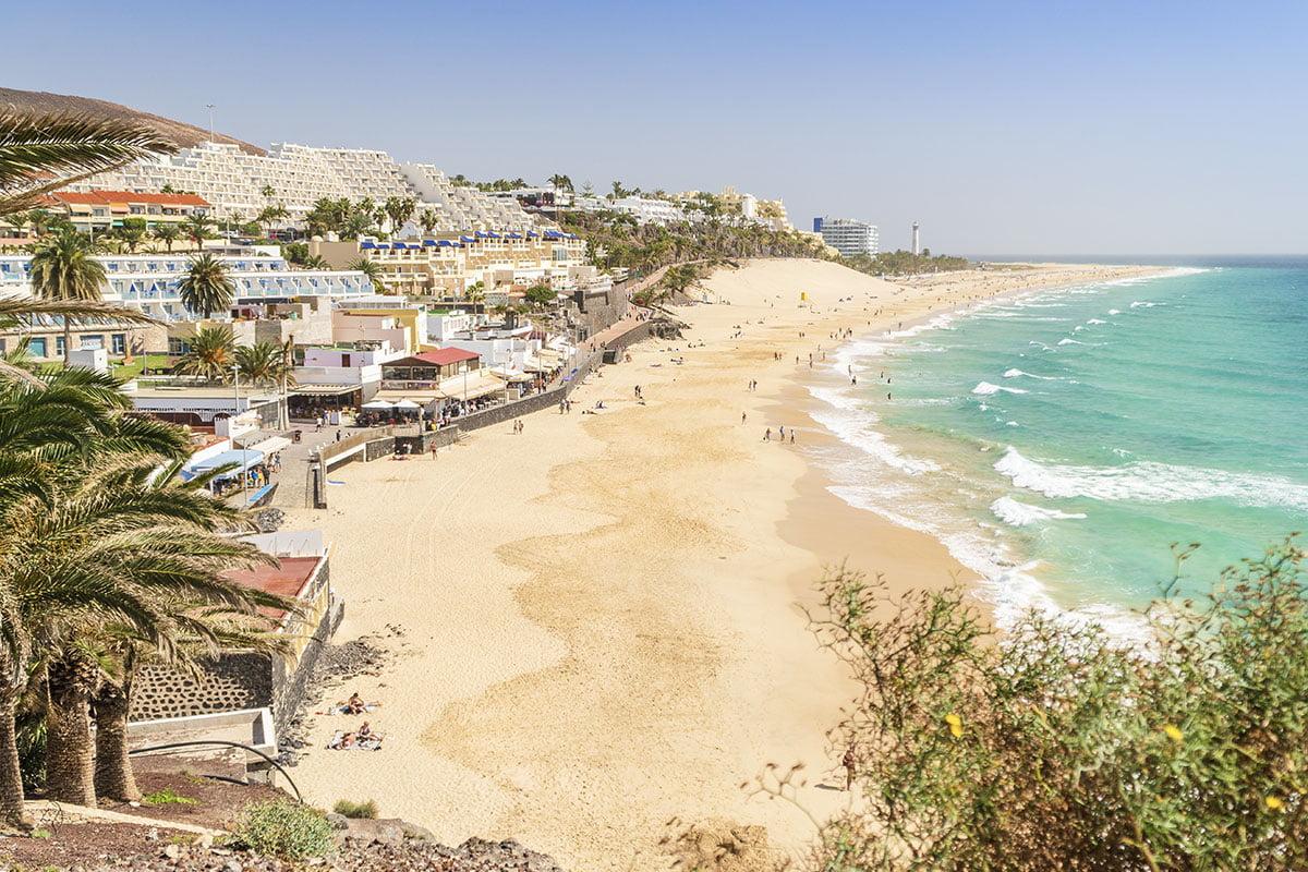 Morro Jable to jeden z najpopularniejszych kurortów na Fuerteventurze