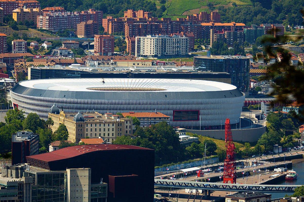 Stadion San Mamés i panorama Bilbao