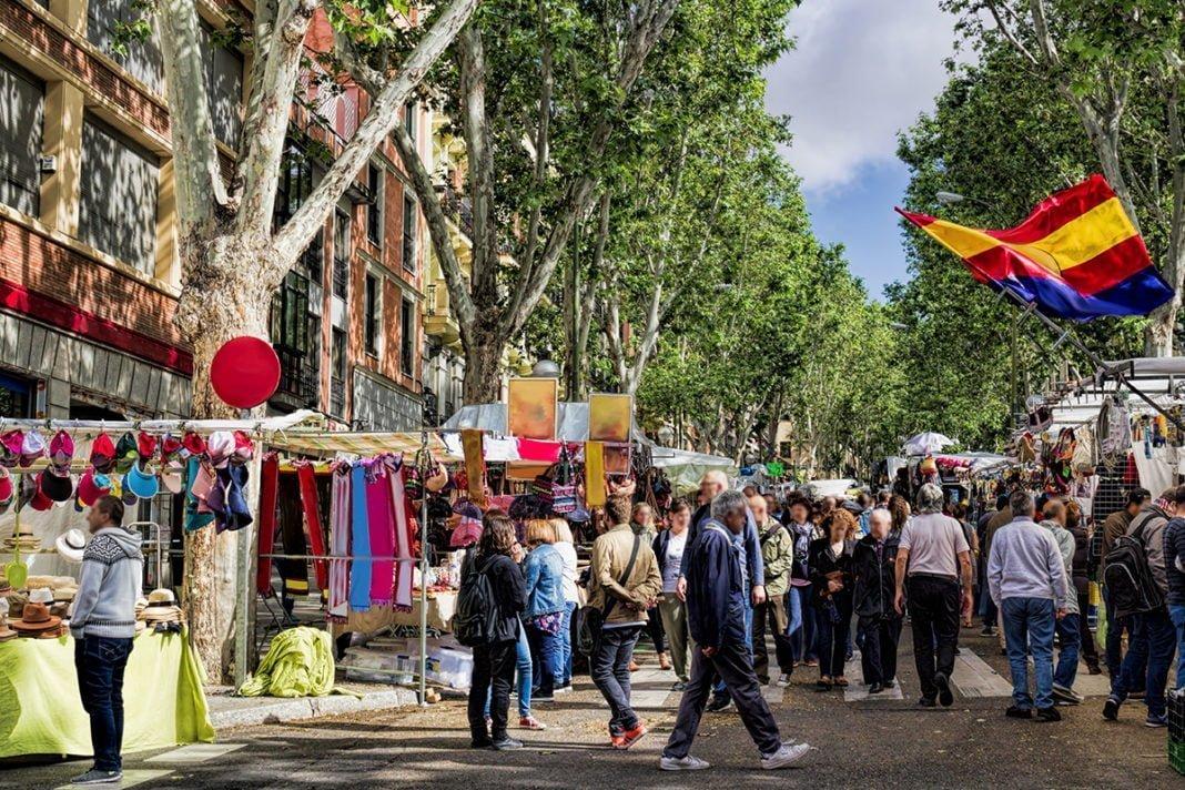 El Rastro - Słynny pchli targ w Madrycie