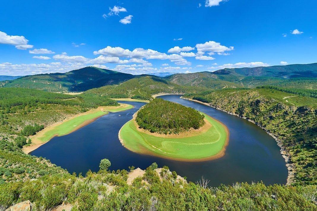 Meandro del Melero - Meander tworzony przez rzekę Alagón w komarce Las Hurdes, Estremadura