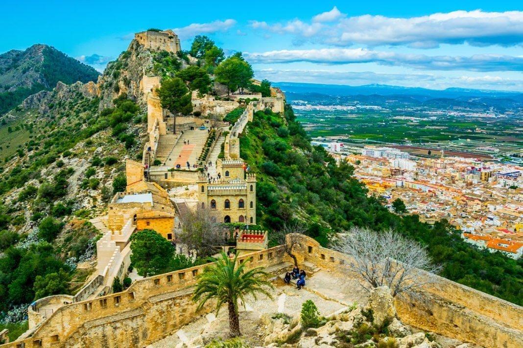 Xàtiva - Majestatyczny zamek, starówka i inne zabytki do zwiedzenia