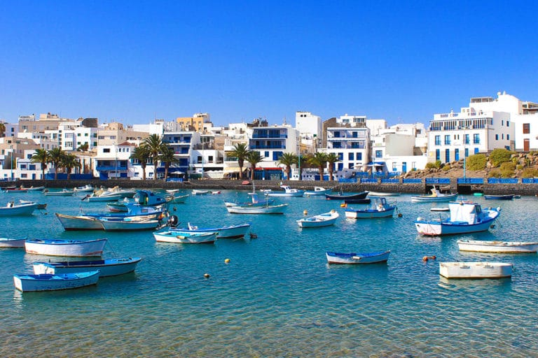 Jak zorganizować wakacje na Lanzarote i czy all-inclusive to zawsze dobry wybór?