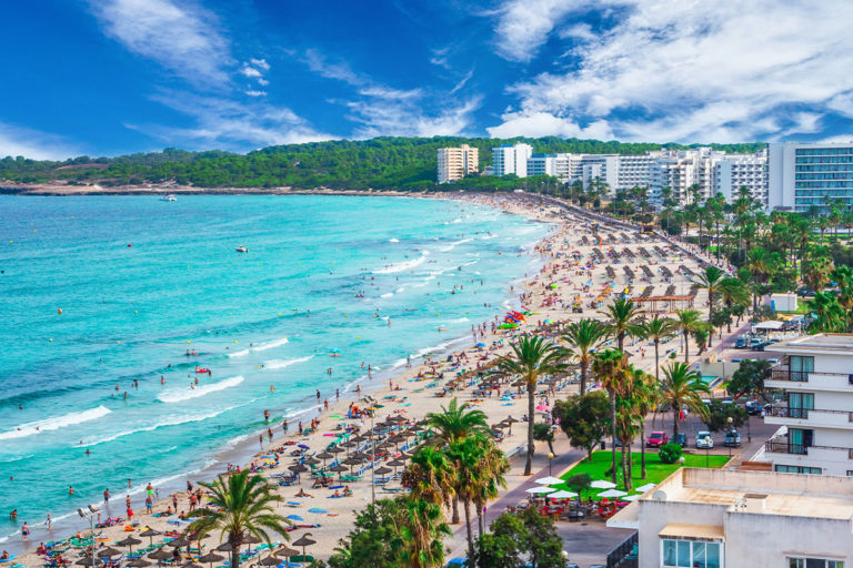 Majorka – Hotele przy plaży, tanie noclegi i hotele dla rodzin z dziećmi