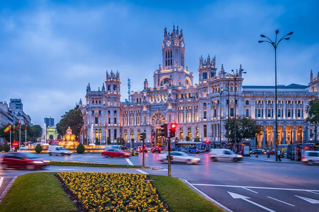 Madryt - Hotele i tanie noclegi w centrum miasta i innych dzielnicach