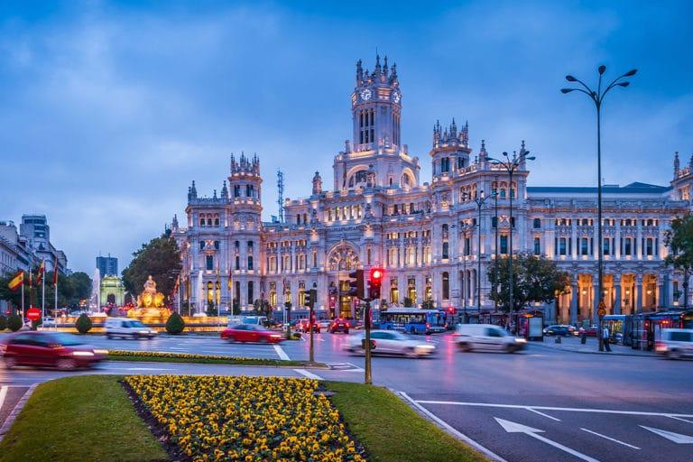 Madryt – Hotele i tanie noclegi w centrum miasta i innych dzielnicach