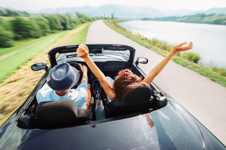 Jak wynająć samochód na wakacje? Przewodnik krok po kroku